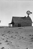 An abandoned farm north of Dalhart, Texas, 1938